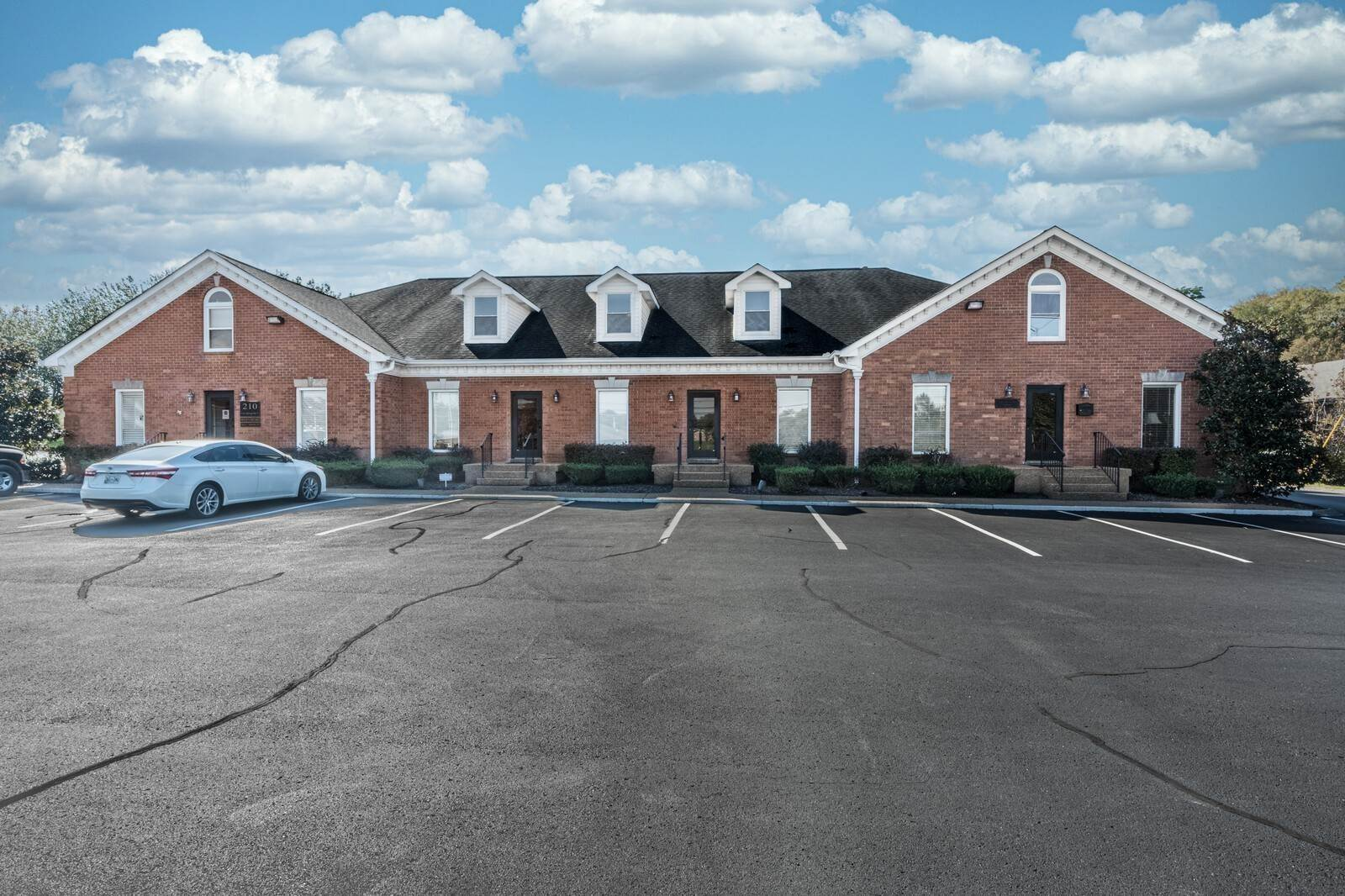 Commercial for Sale at 206 208 Enon Springs Rd, E Smyrna, Tennessee 37167 United States