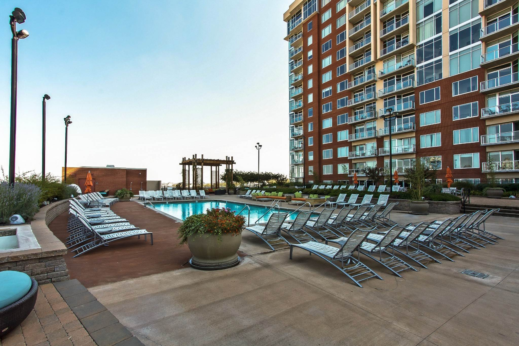 19. High Rise for Sale at 600 12th Ave S #521 Nashville, Tennessee 37203 United States