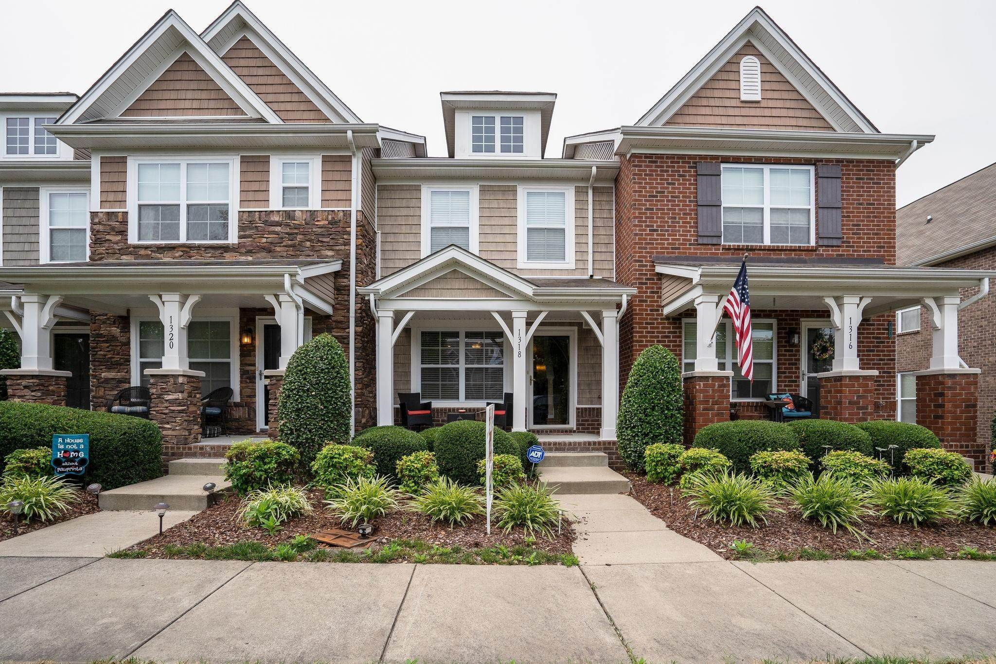 townhouses at 1318 Riverbrook Drive Hermitage, Tennessee 37076 United States