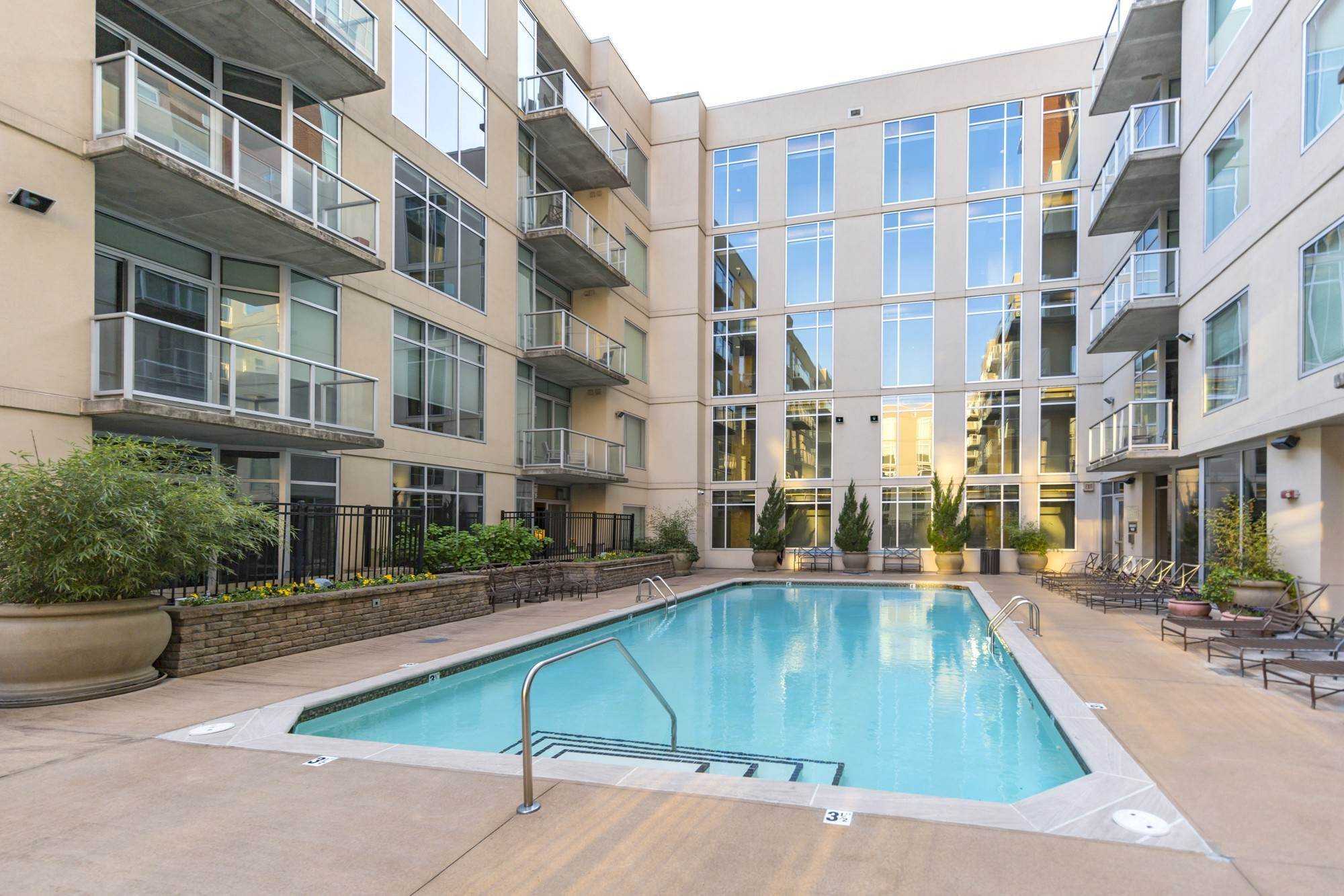 8. High Rise for Sale at 600 12th Ave, S Nashville, Tennessee 37203 United States