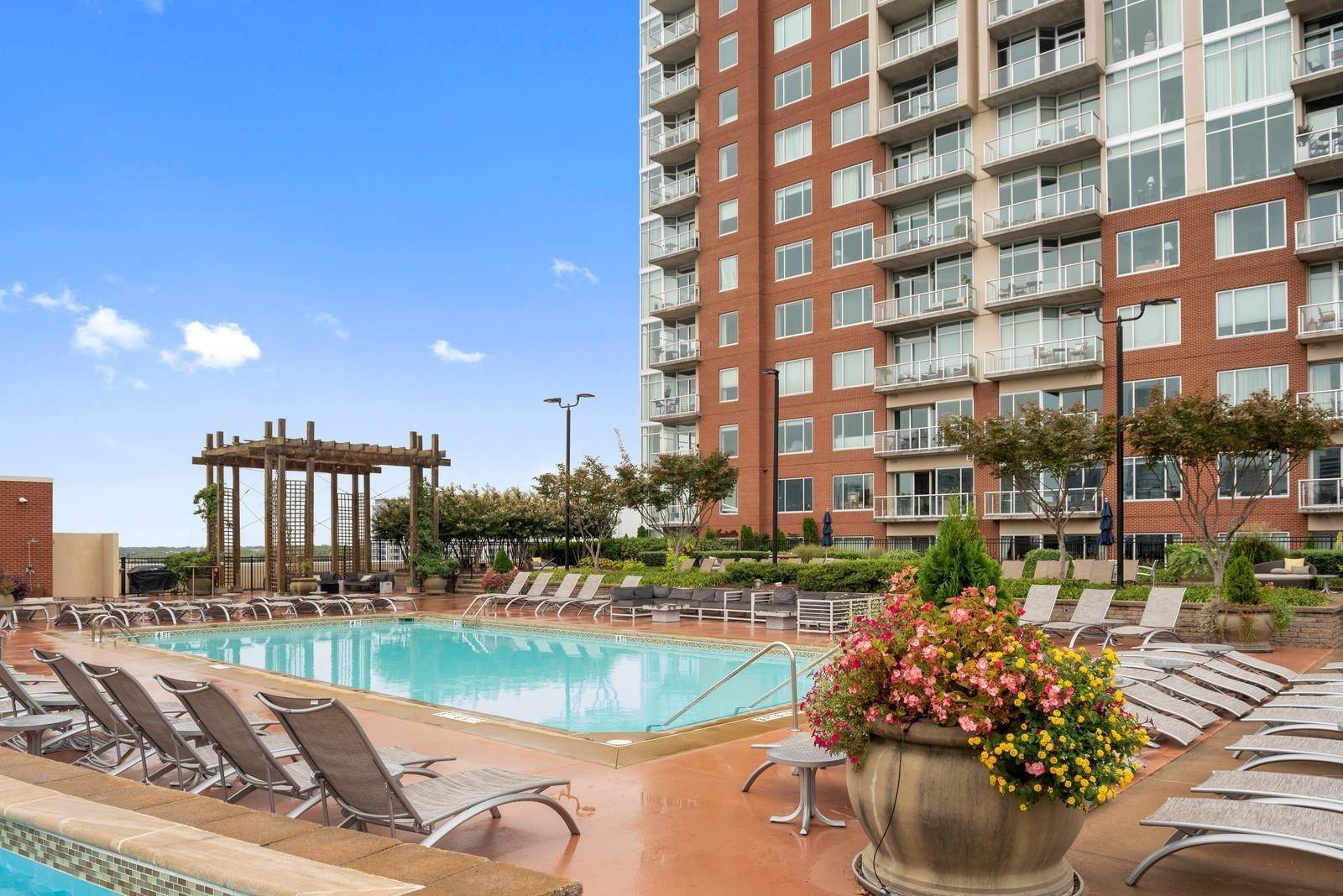 15. High Rise for Sale at 600 12th Ave S #521 Nashville, Tennessee 37203 United States