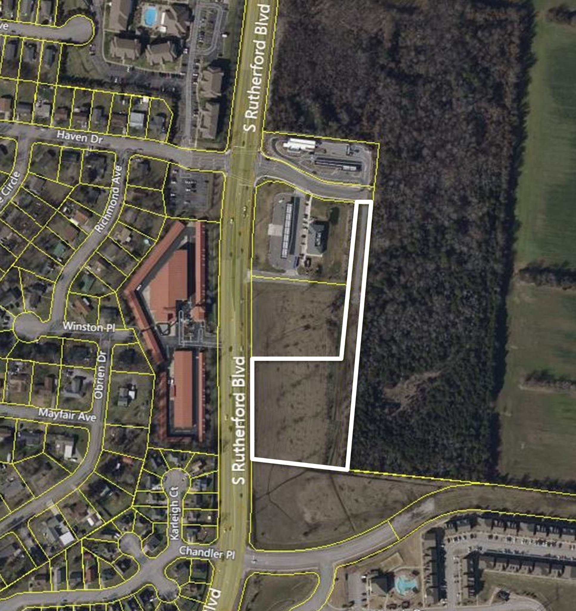 7. Commercial for Sale at 2624 S Rutherford Blvd Murfreesboro, Tennessee 37130 United States