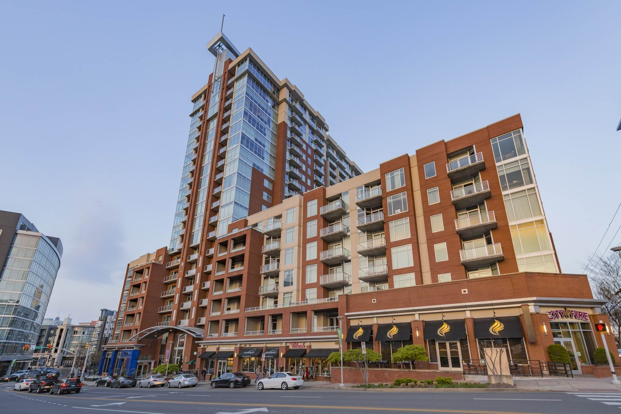 7. High Rise for Sale at 600 12th Ave, S Nashville, Tennessee 37203 United States