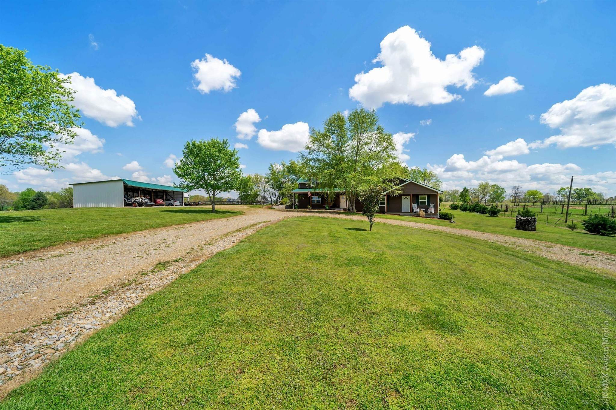 Single Family Homes for Sale at 7870 Mill Road Cross Plains, Tennessee 37049 United States