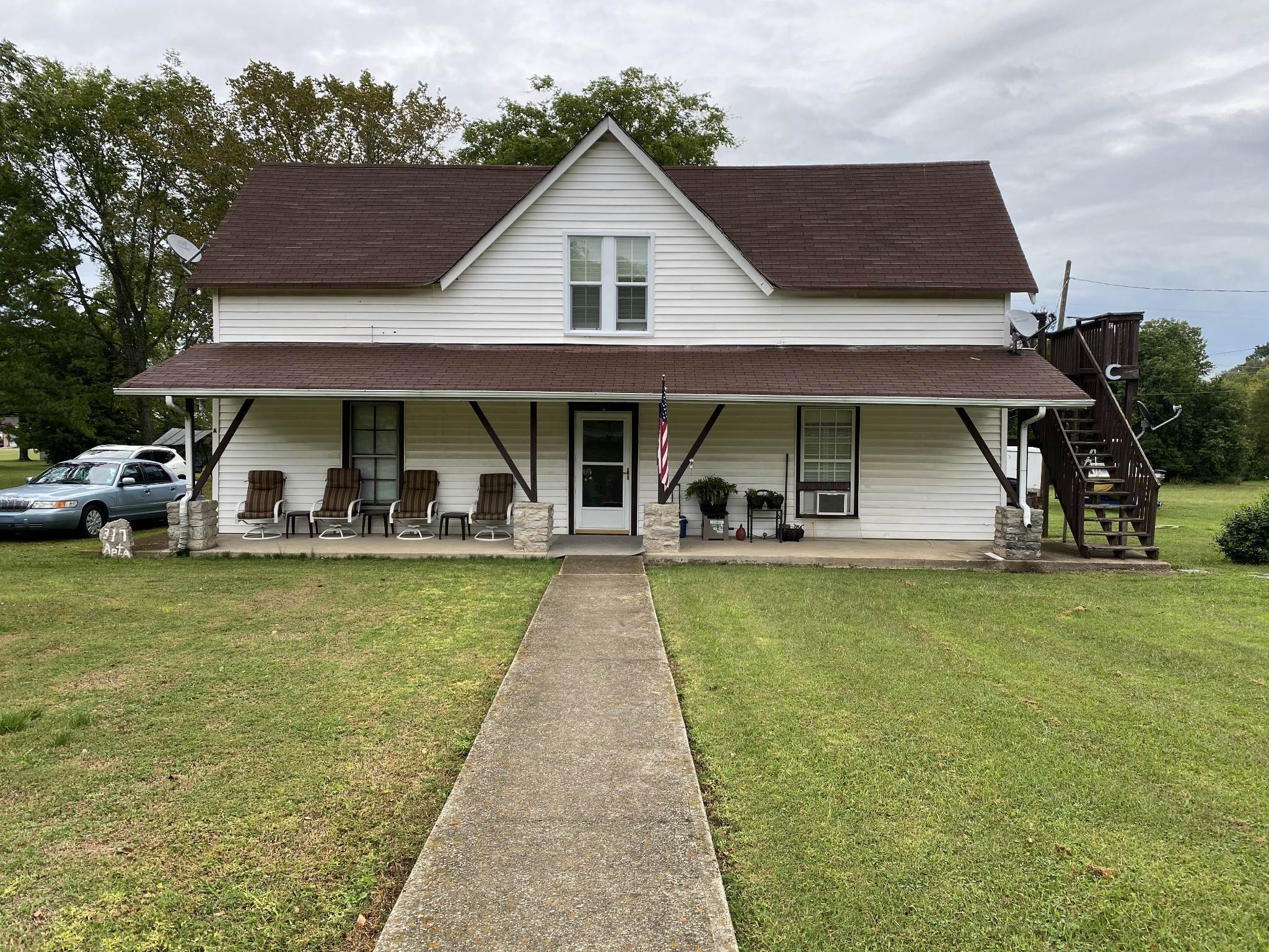 Residential Income for Sale at 317 Old Nashville Hwy La Vergne, Tennessee 37086 United States