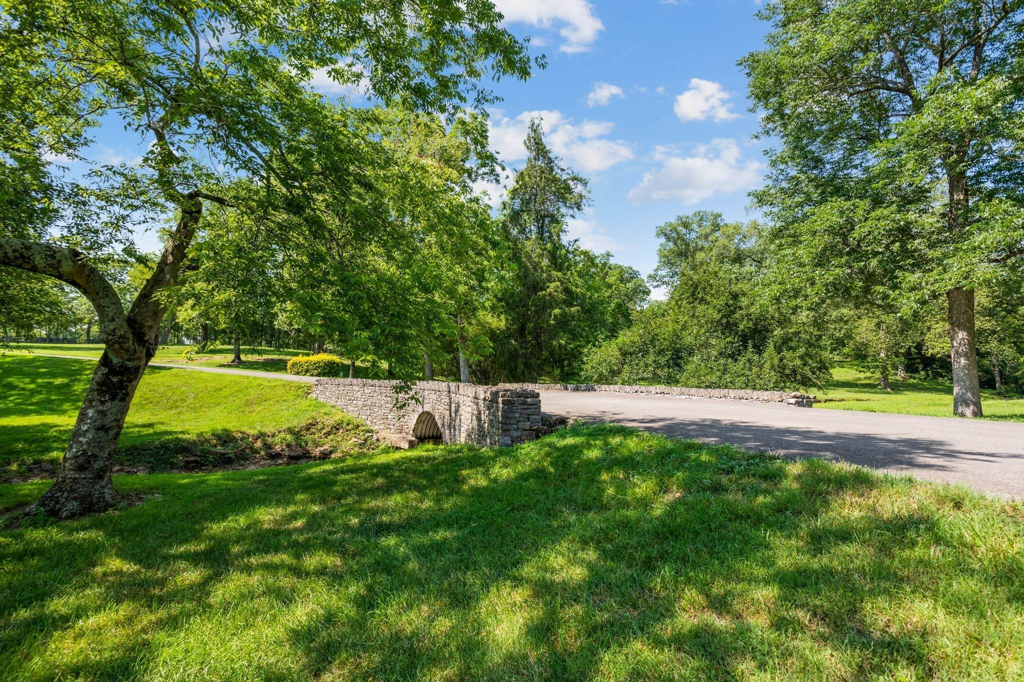 5. Farm for Sale at 1500 Moran Road Franklin, Tennessee 37069 United States
