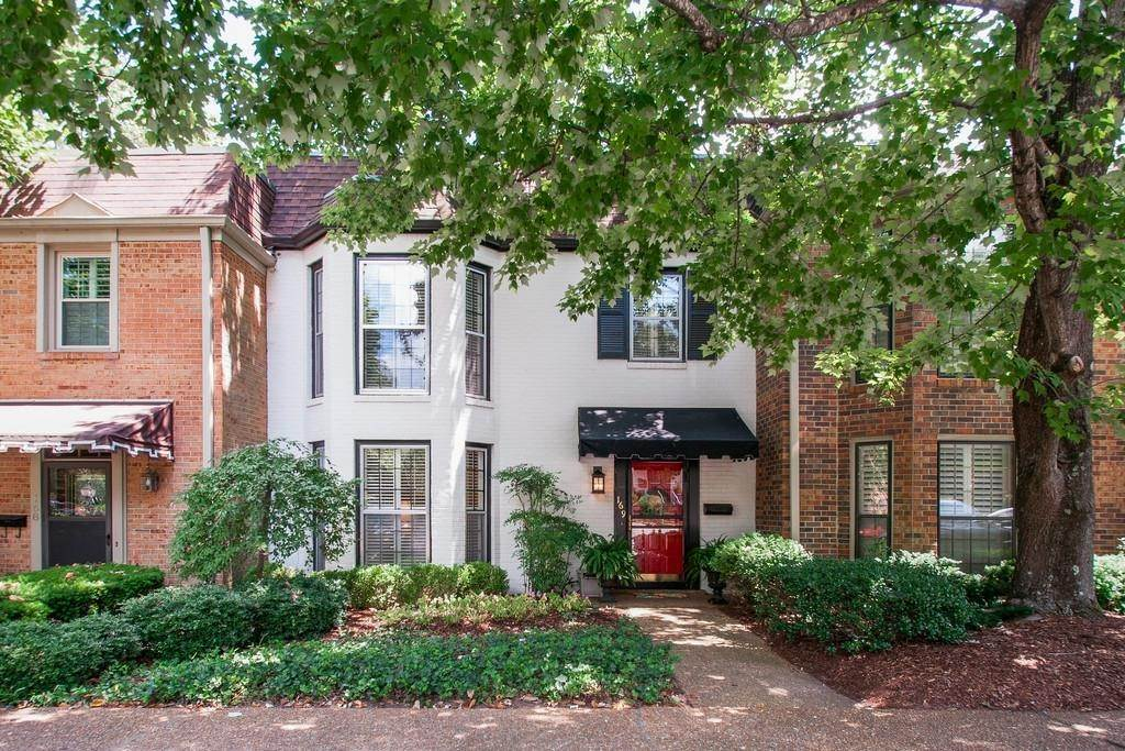 Single Family Homes at 4400 Belmont Park Ter Apt 169 Nashville, Tennessee 37215 United States