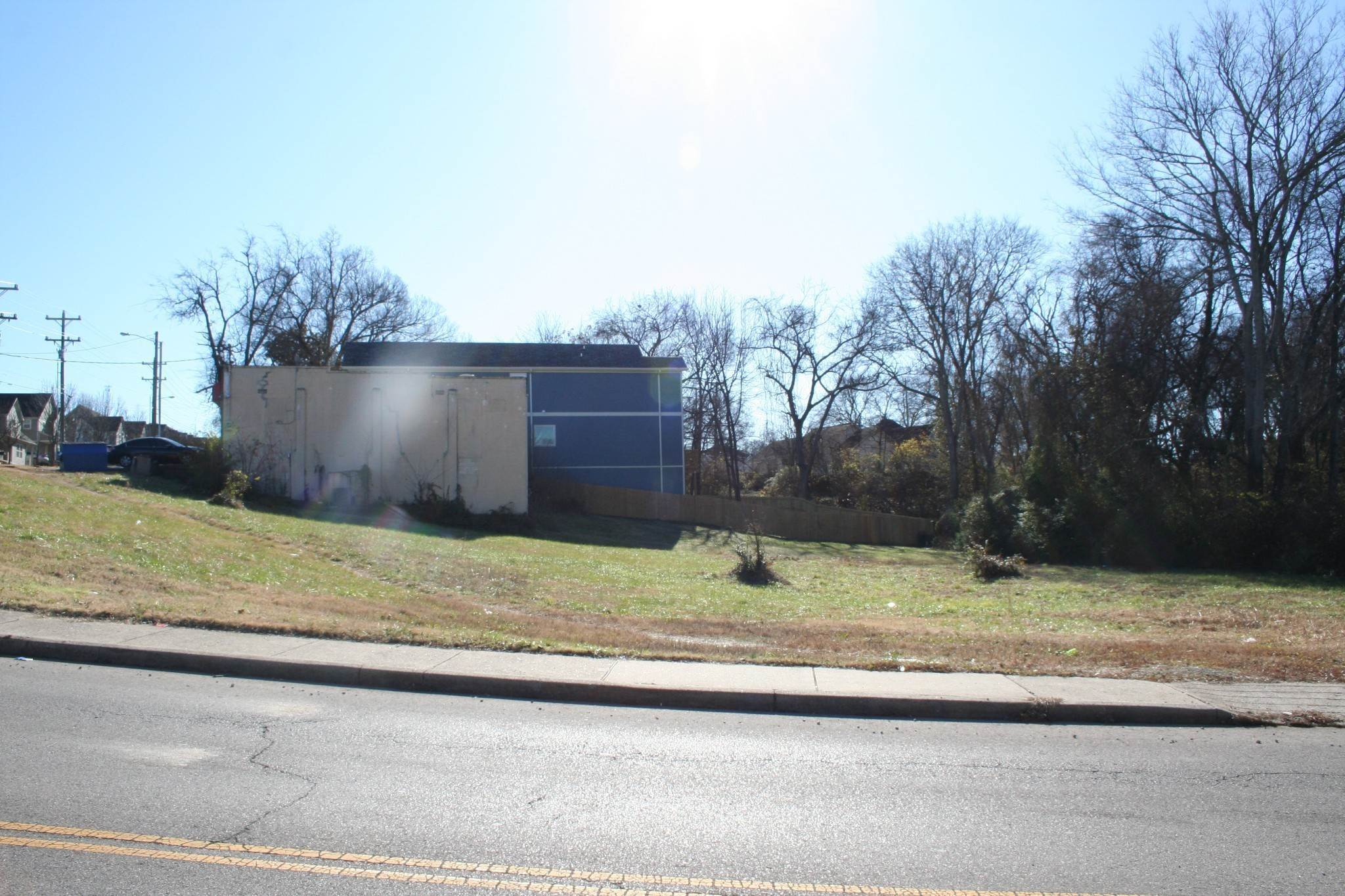 15. Commercial for Sale at 927 40th Ave, N Nashville, Tennessee 37209 United States