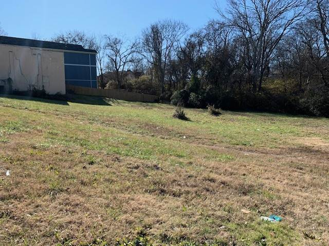 5. Commercial for Sale at 927 40th Ave, N Nashville, Tennessee 37209 United States