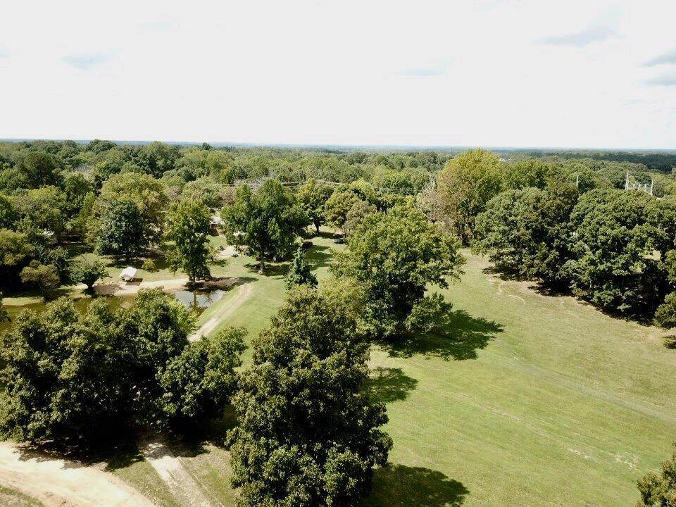 5. Commercial for Sale at 2451 Fairview Blvd Fairview, Tennessee 37062 United States