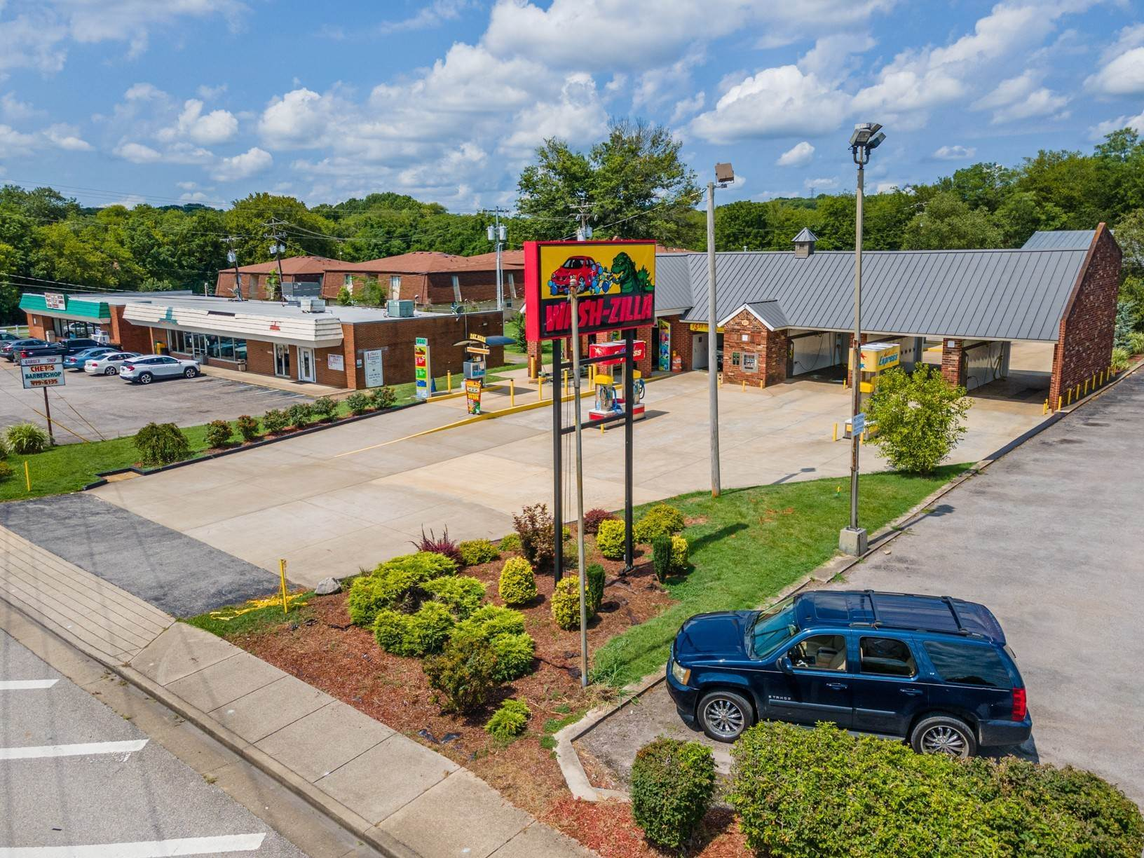 Commercial for Sale at 271 New Shackle Island Road Hendersonville, Tennessee 37075 United States