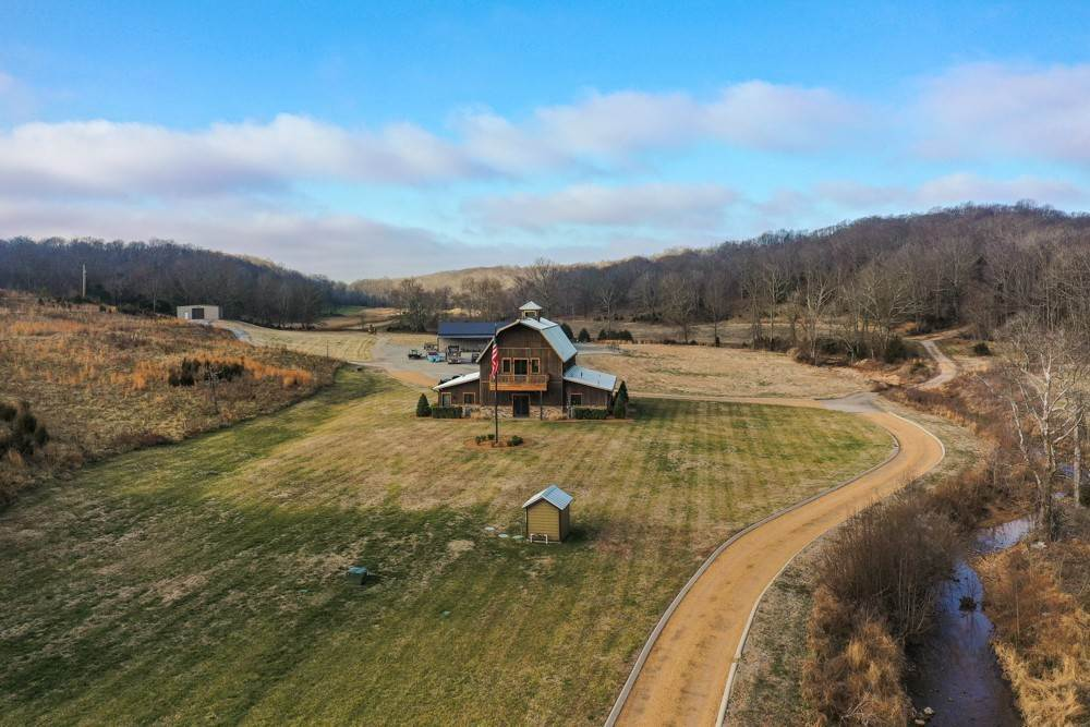 Farm for Sale at 1687 Gilliam Hollow Road Dickson, Tennessee 37055 United States