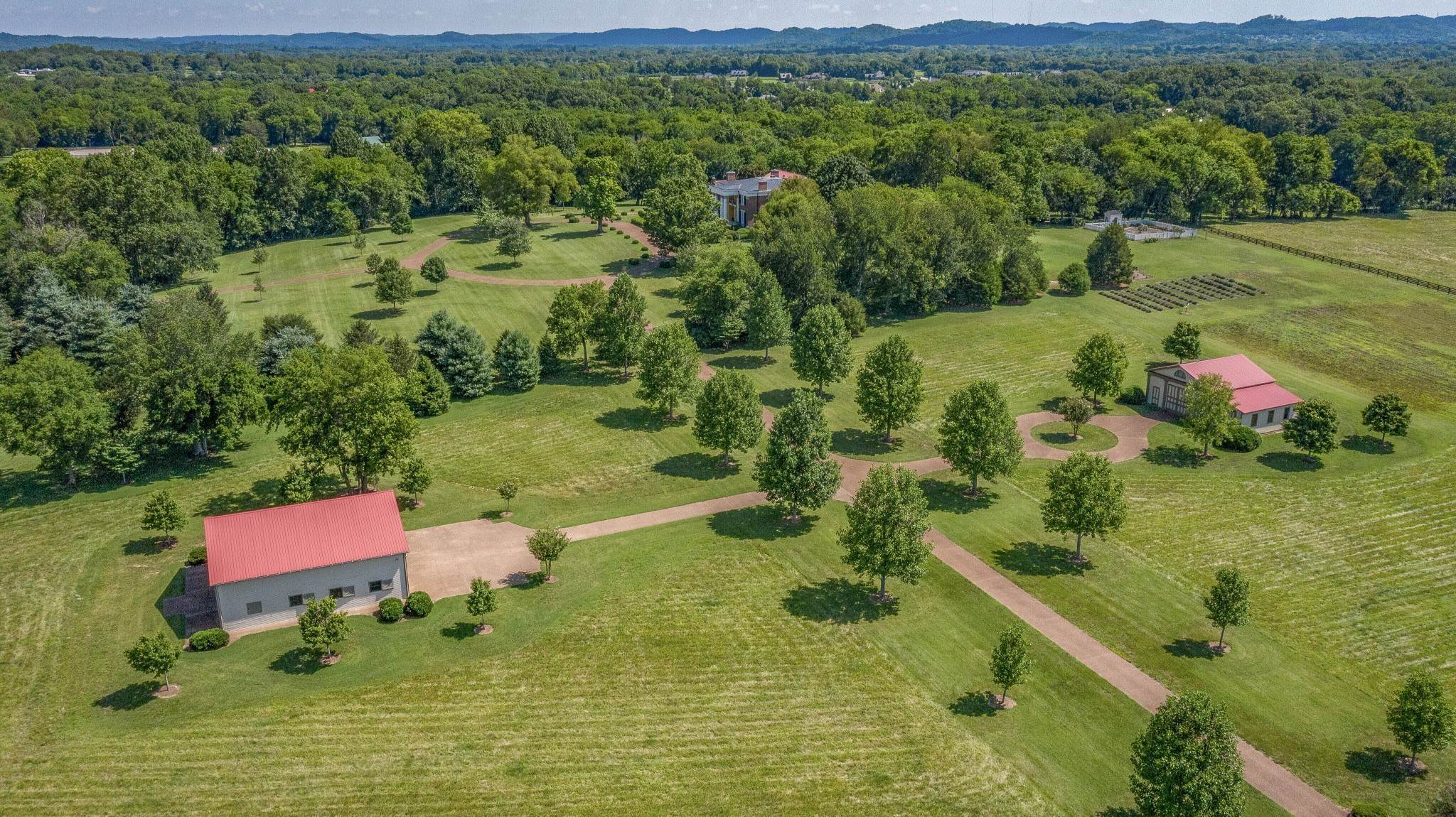 44. Single Family Homes for Sale at 1711 Old Hillsboro Road Franklin, Tennessee 37069 United States