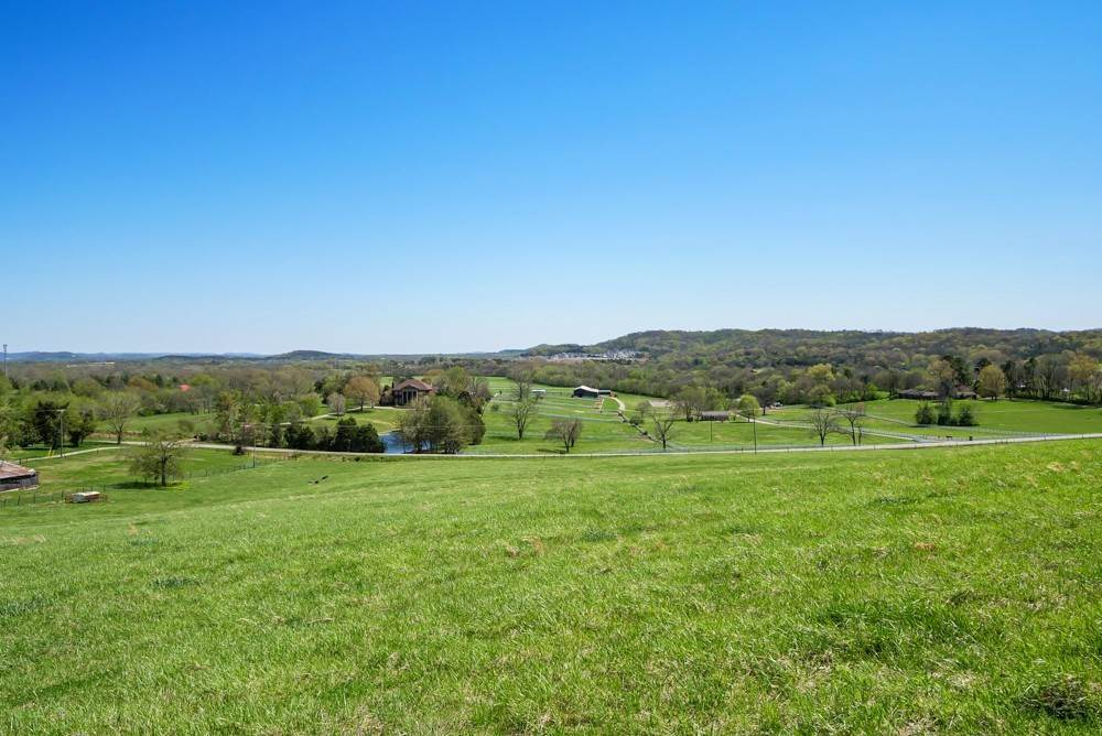 5. Farm for Sale at 1996 Old Hillsboro Road Franklin, Tennessee 37064 United States
