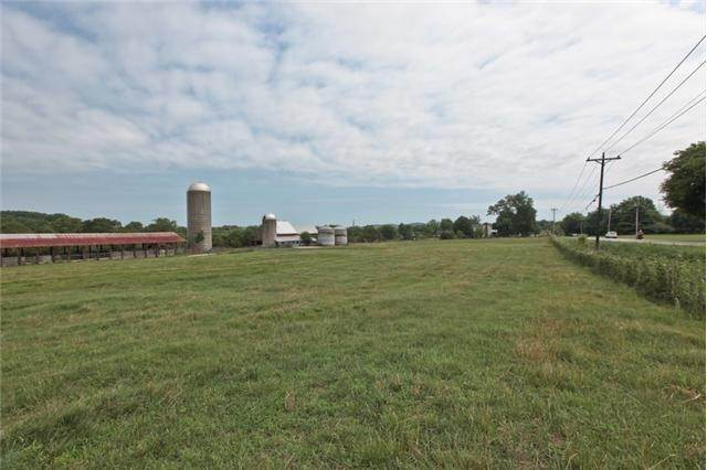 Farm for Sale at Columbia Pike Thompsons Station, Tennessee 37179 United States