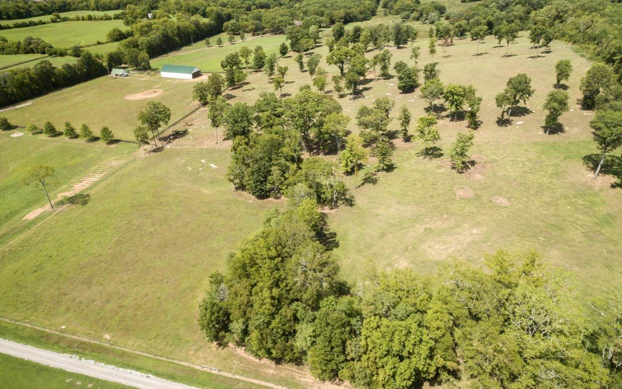 Farm for Sale at 2704 McLemore Road Franklin, Tennessee 37064 United States