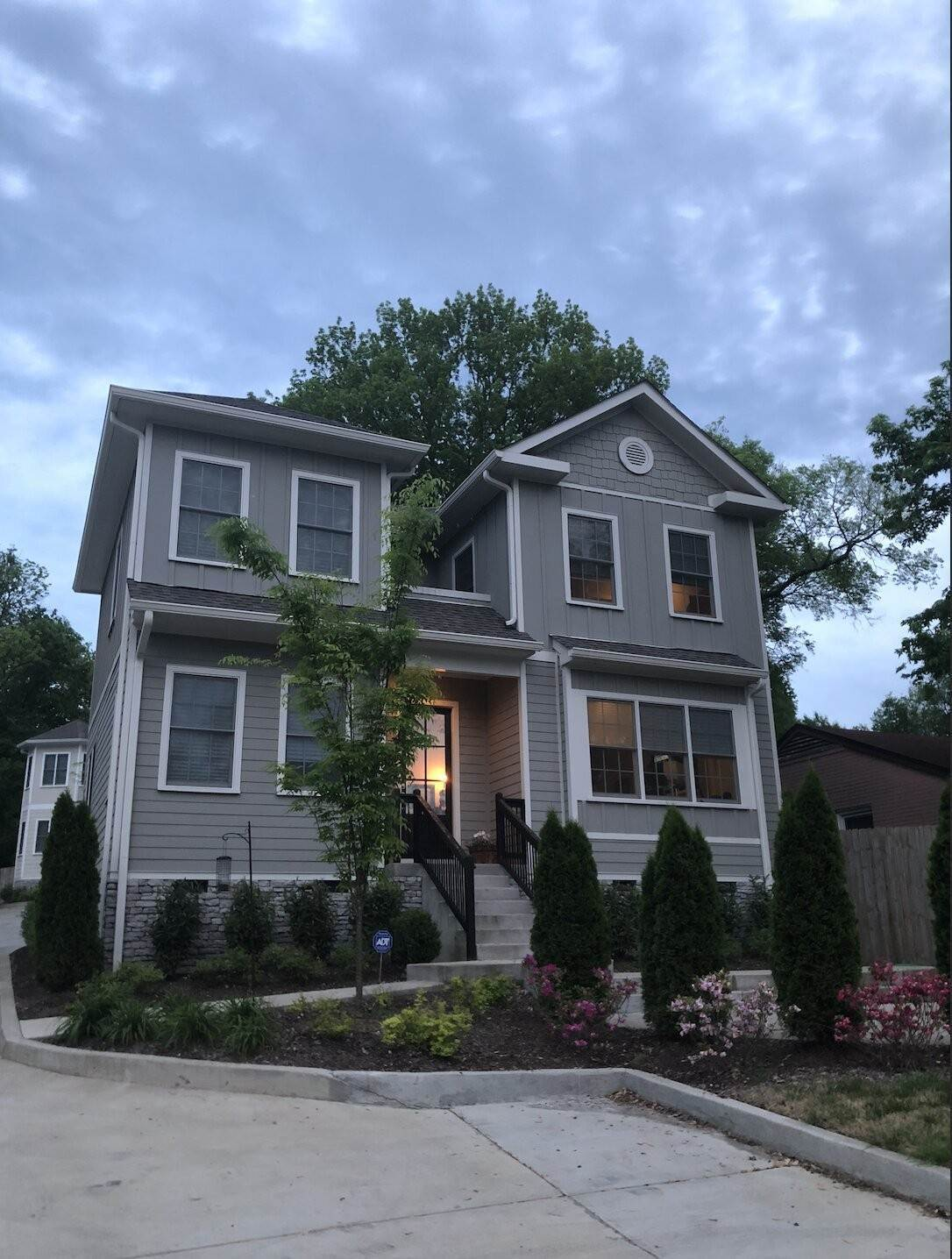 Single Family Homes for Sale at 2013 A Scott Avenue, Nashville, TN 37206 2013 A Scott Avenue Nashville, Tennessee 37206 United States