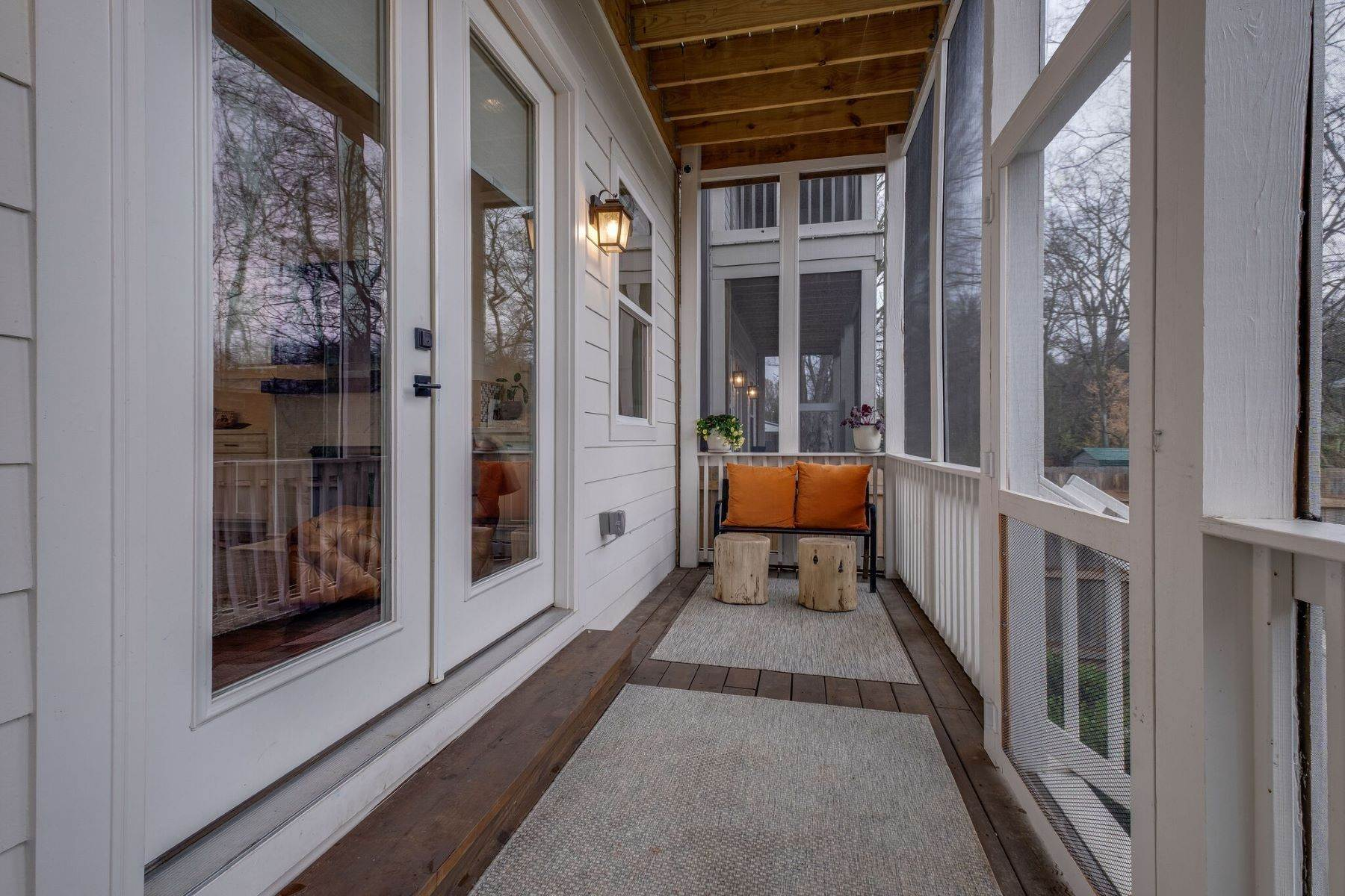 28. Single Family Homes for Sale at 408 Scott Avenue, Nashville, TN 37206 408 Scott Avenue, #A Nashville, Tennessee 37206 United States