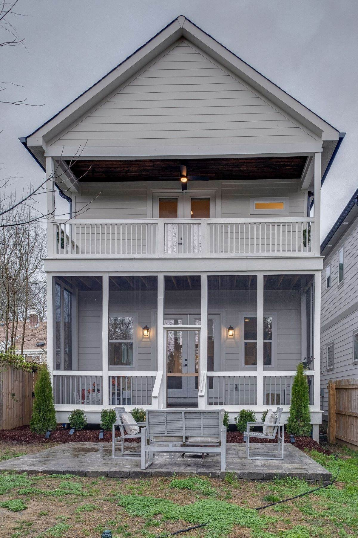 30. Single Family Homes for Sale at 408 Scott Avenue, Nashville, TN 37206 408 Scott Avenue, #A Nashville, Tennessee 37206 United States