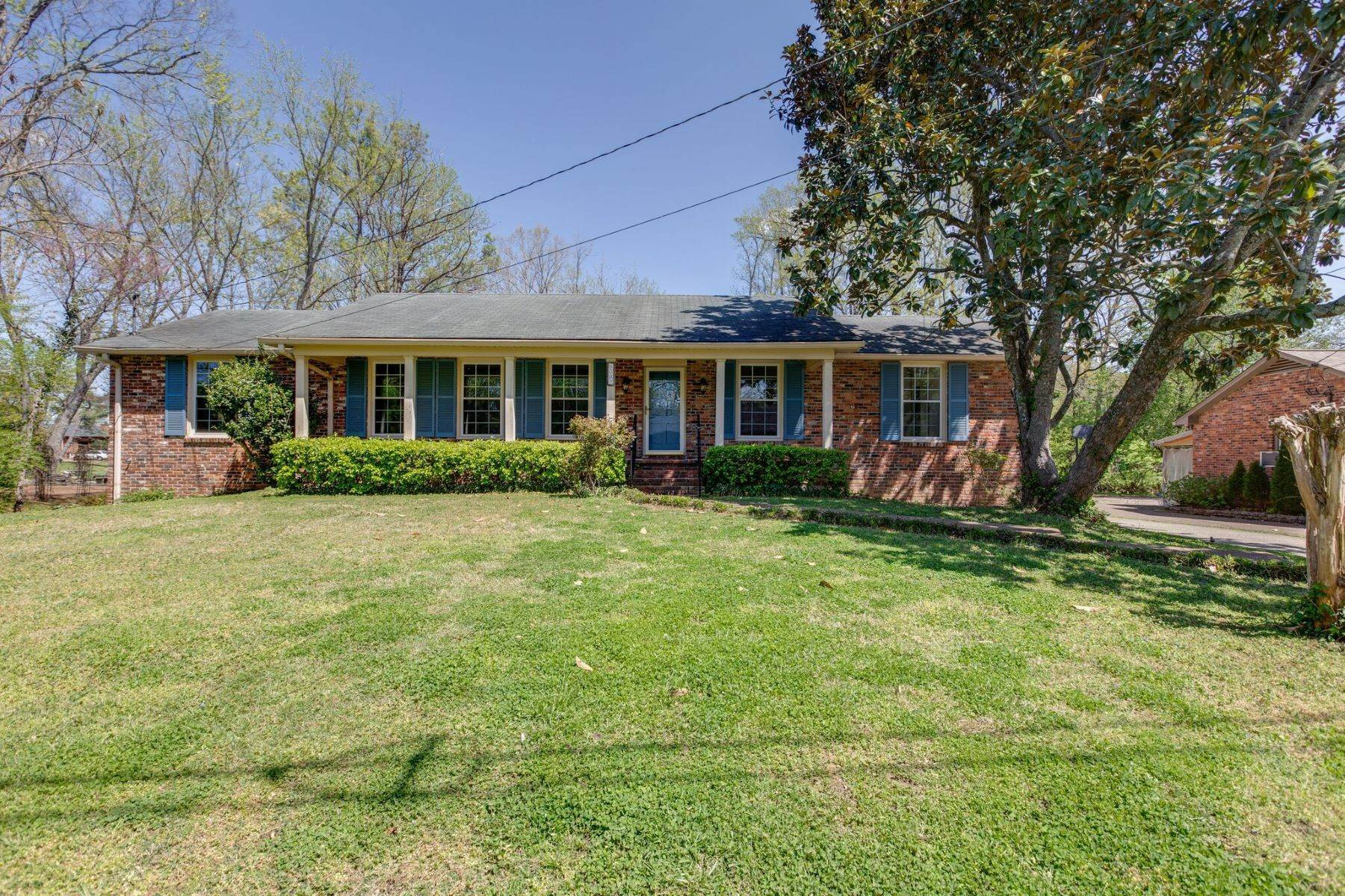 Single Family Homes for Sale at 6307 Percy Dr, Nashville, Tn, 37205 6307 Percy Dr Nashville, Tennessee 37205 United States