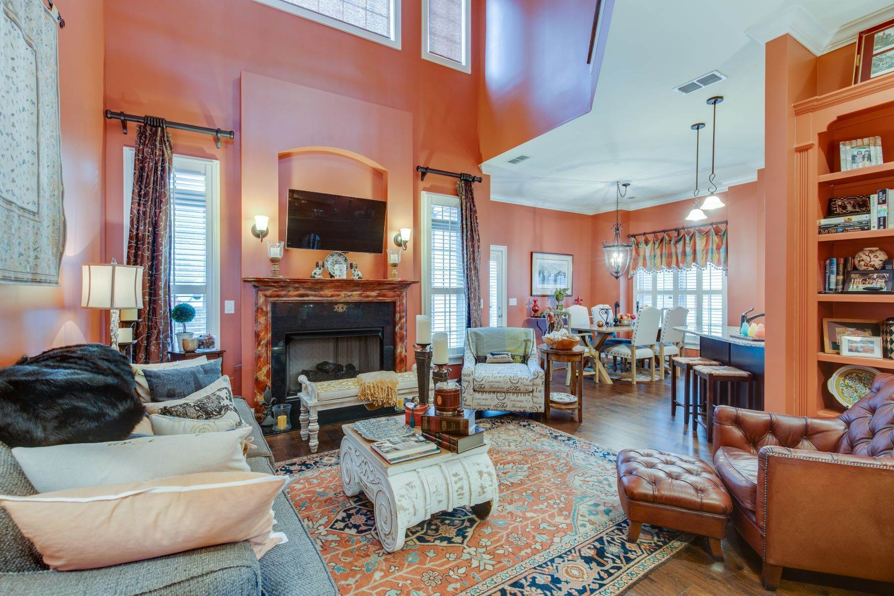 15. Single Family Homes for Sale at 4209 Stammer Place, Nashville, TN 37215 4209 Stammer Place Nashville, Tennessee 37215 United States